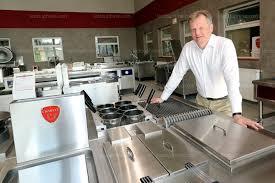 charvet cuisine isère nord charavines chez paul charvet on fabrique des pianos