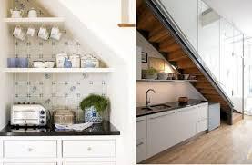 cuisine sous escalier 60 idées d aménagement de l espace vide sous les escaliers