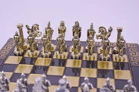 alexander the great vs darius chess set u2013 crafts u0026 metal