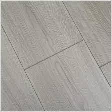 Light Grey Laminate Flooring Grey Wood Laminate Flooring Flooring Home Decorating Ideas