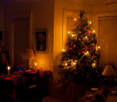 Christmas Tree Decorating Ideas Pictures 2011 Christmas Tree Light The Old Fashioned Way Wind Against Current