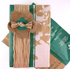recyclable wrapping paper gift wrapping using recycled materials