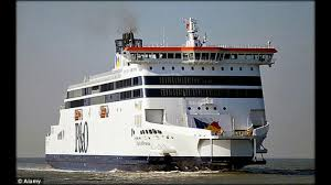 bureau de change a calais p o ferry carrying 300 passengers to dover crashes into port