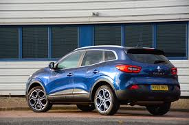 renault kadjar vs nissan qashqai renault kadjar review greencarguide co uk
