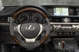 lexus interior night not quite identical cousin the 2015 lexus es350