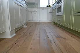 Barn Board Laminate Flooring Hardwoods Of Wisconsin Reclaimed Wood