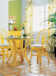 chaises jaunes chaise en rotin avec accoudoirs brin d ouest