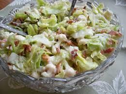 cauliflower lettuce salad with lettuce cauliflower bacon