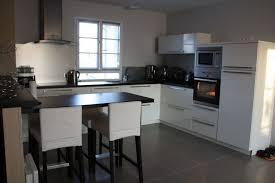 meuble de cuisine blanc quelle couleur pour les murs quelle couleur cuisine avec carrelage gris moyen 8 messages