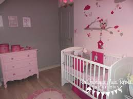 decoration chambre bebe fille originale decoration chambre bebe fille stickers tour lit fuchsia poudre