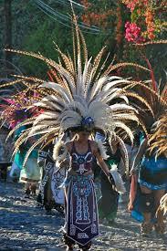 imagenes penachos aztecas penacho blanco azteca mex mary monrroy pinterest aztec