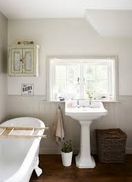 cottage style bathroom ideas 18 best bathroom images on bathroom ideas room and