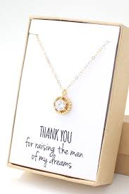 Gifts To Give The Bride From The Maid Of Honor Best 25 Mother In Law Gifts Ideas On Pinterest Mother Of The