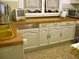 repeindre meuble cuisine comment repeindre un meuble vernis 10 table rabattable cuisine