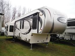 5th Wheel Camper Floor Plans by 2 Bedroom Travel Trailers 5th Wheel Front Living Room Fifth For