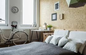 amenager chambre dans salon aménager un coin lit dans le salon solutions ooreka