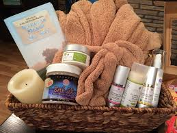 date basket ideas last minute valentines date gift ideas spa gifts basket