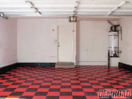 1106 04 snaplock industries racedeck flooring install racedeck