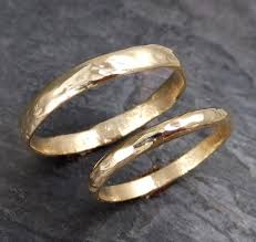 custom wedding bands custom pair men s and women s wedding bands set 14k gold textured