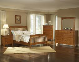 Light Wood Bedroom Sets Vaughan Bassett Simply Cherry Light W Wood Triple Dresser 302 002