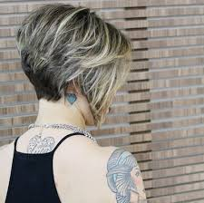 graduated short bob hairstyle pictures 20 popular messy bob haircuts we love popular haircuts