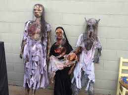 Zombie Family Halloween Costumes by Pumpkin Carving Ideas For Halloween 2017 Halloween Zombie