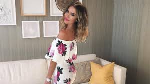 wedding dress with the bachelorette s kaitlyn bristowe tried on wedding dresses in