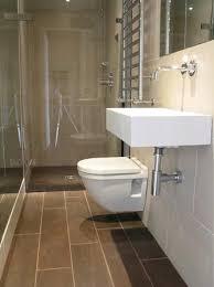 tiny ensuite bathroom ideas 25 best ideas about fascinating small narrow bathroom design