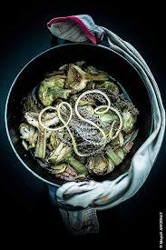 comment cuisiner des artichauts cuisine comment cuisiner les artichauts artichauts violets