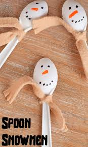 spoon snowmen craft for kids