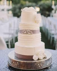 13 reasons we u0027re dreaming of a white winter wedding cake martha