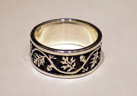 oak tree of ring