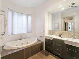 Bathroom Spaced Interior Design Ideas Photos And Pictures For - Australian bathroom designs