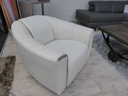 Cream Leather Club Chair Natuzzi Editions Perno Swivel Leather Cream Chair B769 Ivory