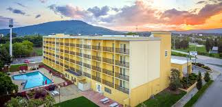 Red Roof Inn In Chattanooga Tn by The Stadium Inn Chattanooga Tn 37408 Welcome