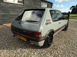 peugeot 205 gti used peugeot 205 gti 1 9 3 doors hatchback for sale in lymington