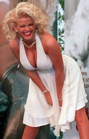 nicole s former home of anna nicole smith hits market for 2 8 million