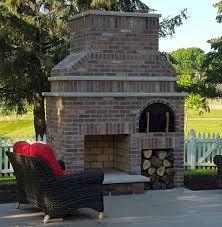Diy Backyard Pizza Oven by Best 25 Stone Pizza Oven Ideas On Pinterest Brickhouse Pizza