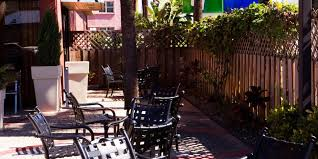 dutch west indies estate tropical exterior miami holiday inn express miami arpt ctrl miami springs hotel by ihg