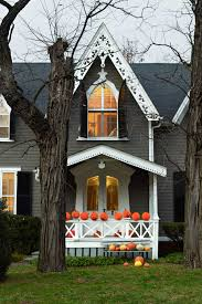 homes decorated for halloween outdoor halloween decorations easy yard and porch ideas idolza