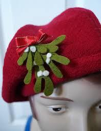 mistletoe hat mistletoe brooch or hat pin tutorial by tanith rowan diy felt