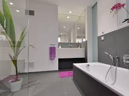 Wohnzimmer Ideen Anthrazit Badezimmer Fliesen Grau Wei Design