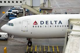 black friday delta airlines delta is giving away 1 of its profits to charity