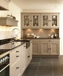 meuble cuisine couleur taupe aujourd hui nous sommes inspirés par la couleur taupe cuisine