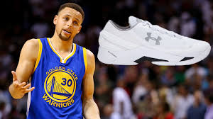 I Make Shoes Meme - stephen curry s new shoes hilariously put on blast youtube