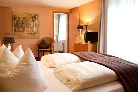 Schlafzimmer Farbe Gr Emejing Schlafzimmer Warme Farben Ideas House Design Ideas