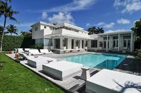 frank sinatra manhattan penthouse sold texas sized mansion u0026 new