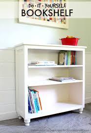 remodelaholic diy bookshelf design uses osborne bun feet osborne