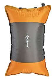 amazon com chinook dreamer pillow camping pillows sports