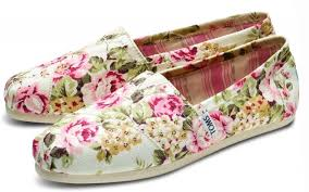 Shabby Chic Designer by Marvelous Toms Shab Chic Collaboration Fashion Designer And
